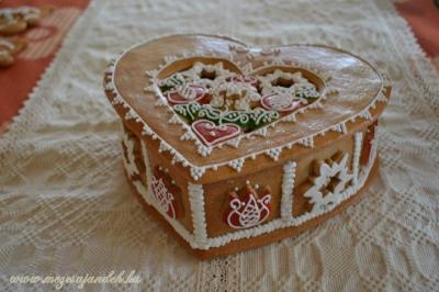 Tulipános nagy szív doboz